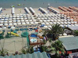 Bagni Gilberto Spiaggia Di Levante Pesaro Italy Italia